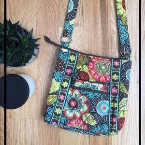 NWOT Vera Bradley zip hipster cross-body bag